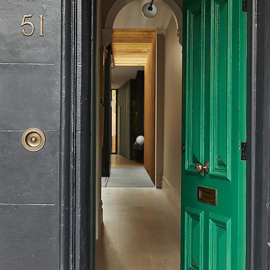 Interior photograph of Fitzroy Bridge House by Derek Swalwell